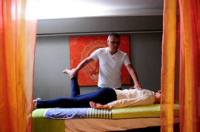 Evdokimenko artrita u?ureaza durerea articula?iei descarca